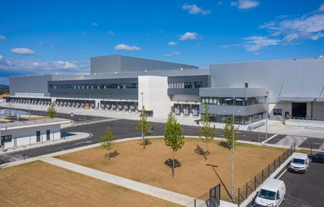 Construction of the New Santo Tirso Warehouse