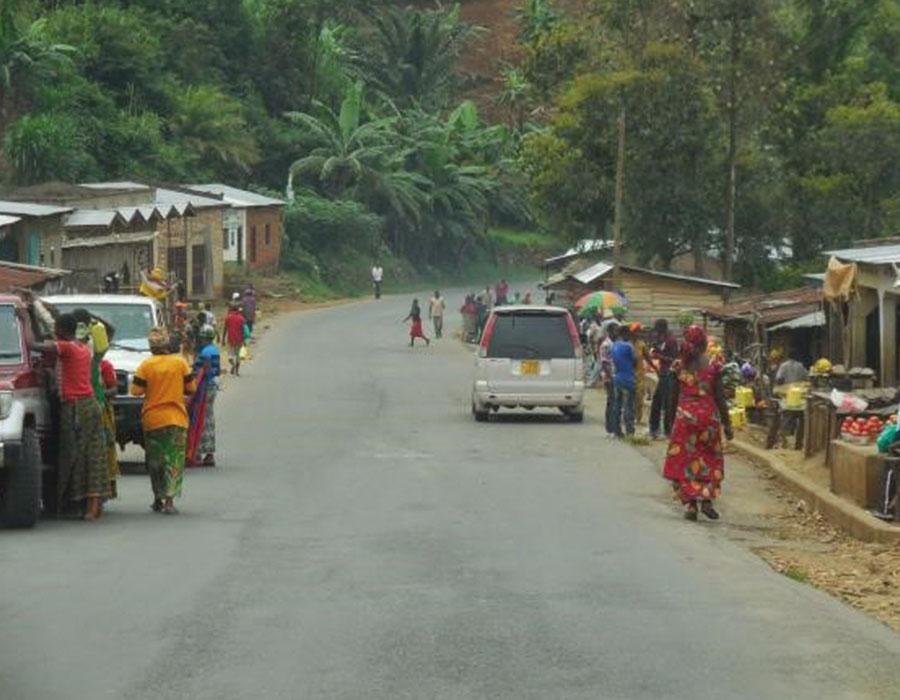 Via rápida ao redor da parte norte de Bujumbura (+/- 24,8Km).