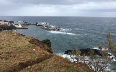 Furacão Lorenzo provoca danos severos na obra do Porto das Poças