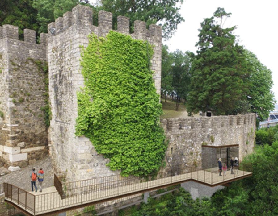 Infraestruturas para os acessos mecanicos ao Castelo de Leiria